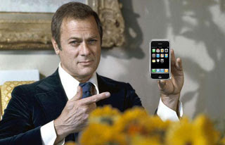 tony curtis with iphone