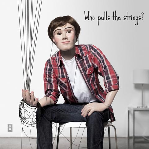 pulls-strings