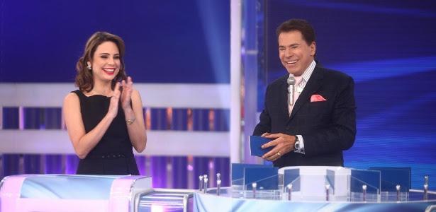 """Silvio Santos recebe Rachel Sheherazade no """"Jogo das 3 Pistas"""""""