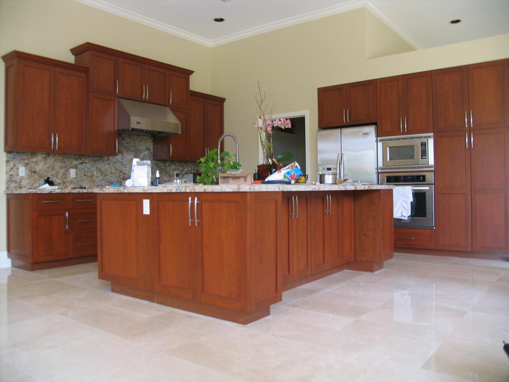 Shaker Style Kitchen from Leon Cabinets in Miami, FL 33147