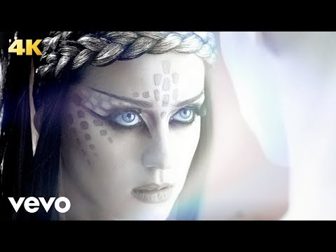 e.t., il nuovo video di katy perry ft. kanye west (integrale)