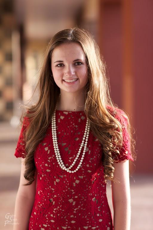 senior portrait beauty