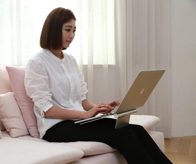 【POUT EYES3 手提電腦架】 減輕肩頸壓力、提升螢幕之最佳角度 工作必備好物