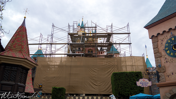 Disneyland Resort, Disneyland, Hub, Partners, Statue, Sleeping Beauty Castle, Refurbishment, Refurbish, Refurb, Back, Side, Disneyland60
