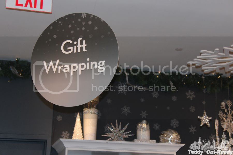 Gift Wrapping RBC Avion VIP