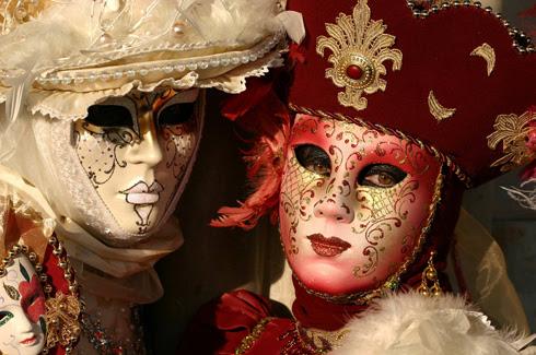 http://livingviajes.com/wp-content/uploads/2009/09/Carnaval-de-Venecia.jpg