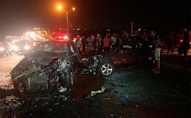 Acidente na BR 101, no último sábado, deixou três pessoas mortas e quatro feridas (Foto: Canindé Soares)