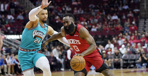 Avatar of Seeing fewer doubles, Rockets' James Harden looks to keep up recent run