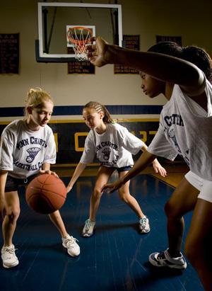 https://www.penncharter.com/uploaded/summer_camp/basketball_girls_6_22_06_pc_120_lo.jpg