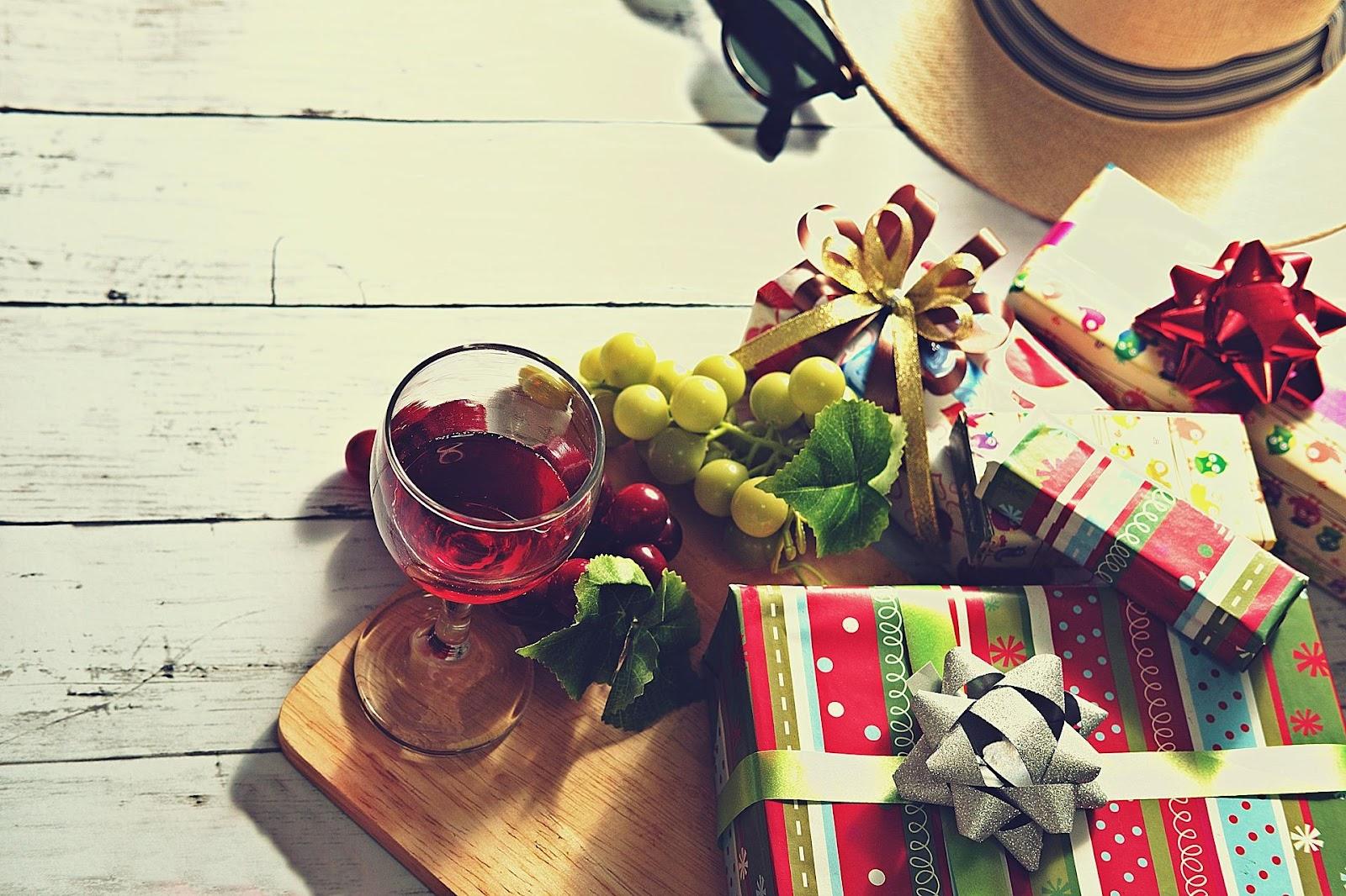 Xnet.lv_подарок на рождество.jpg