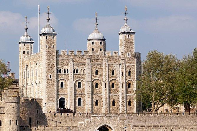 Tower of London and Tower Bridge Private Walking Tour 2021