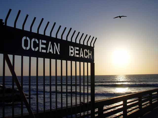 San-Diego-Neighborhoods-to-Add-on-Your-Must-Visit-List-ocean beach san diego
