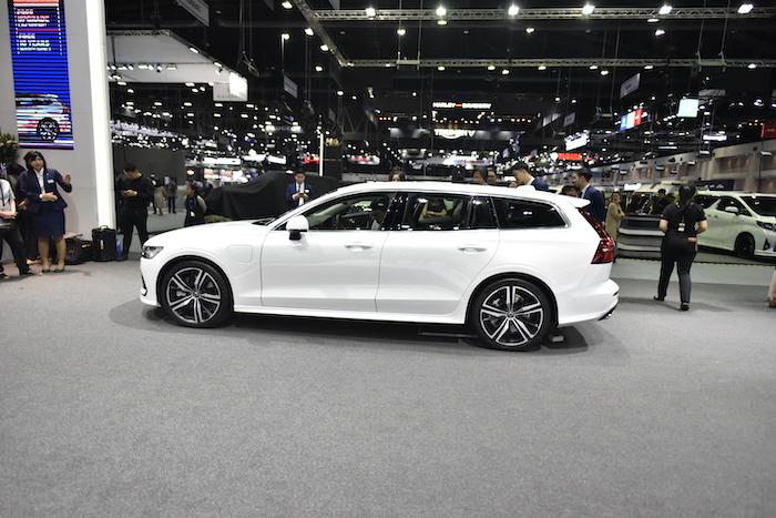 Volvo V60 มีความยาวถึง 4,762 มม.