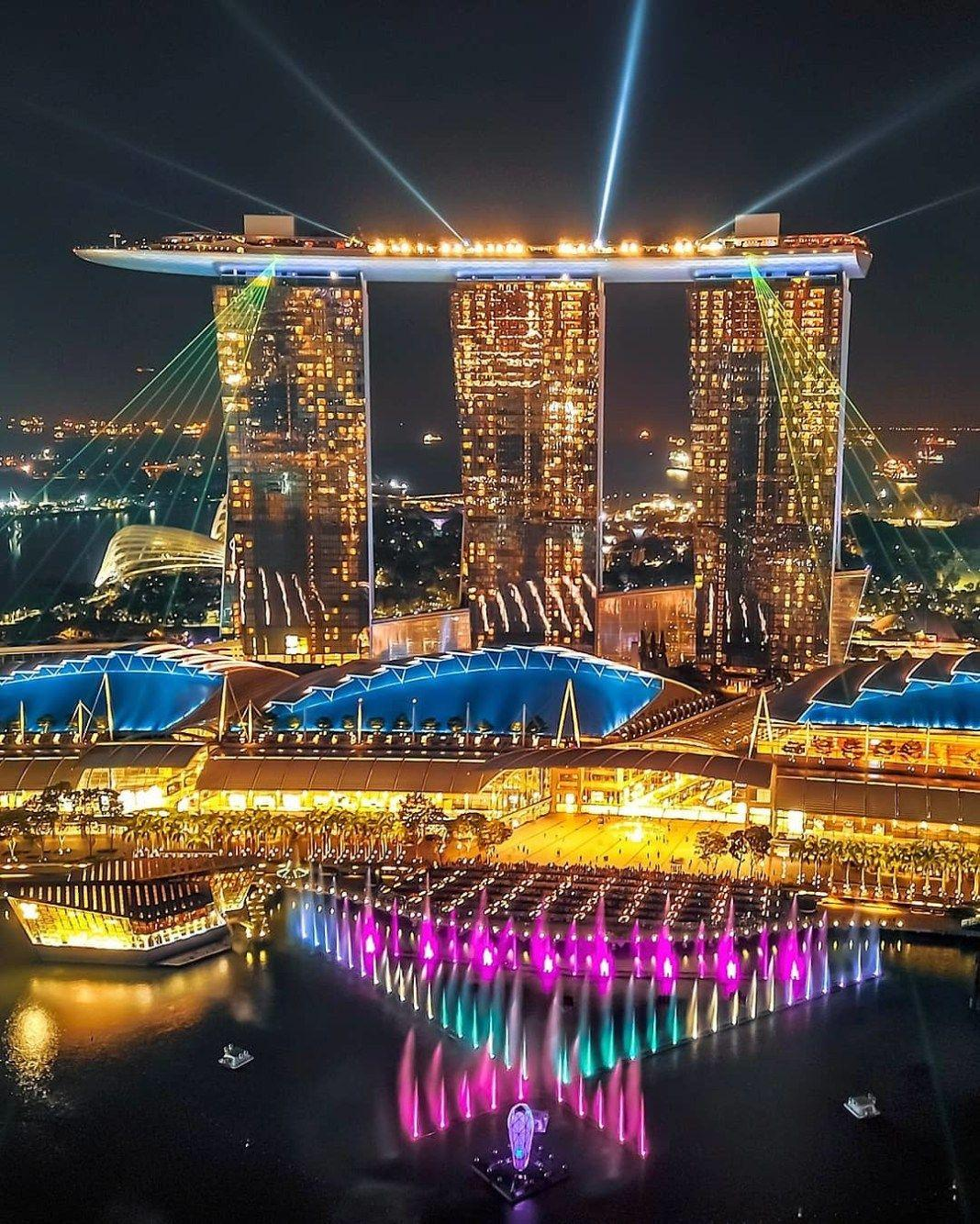 D:\DOWNLOADS\10 FREE THINGS TO DO IN SINGAPORE.jpg