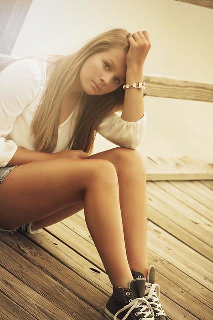 girl-375114_640.jpg