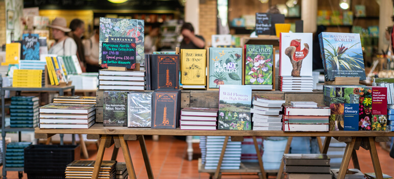 how to create a bookstore company