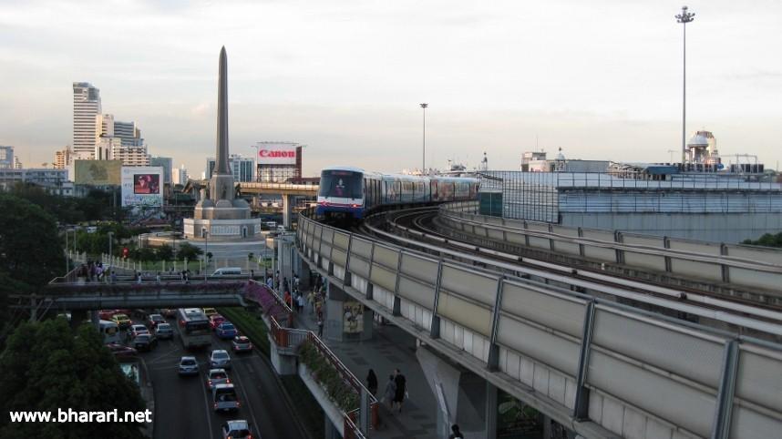 Bangkok has efficient Skytrain service