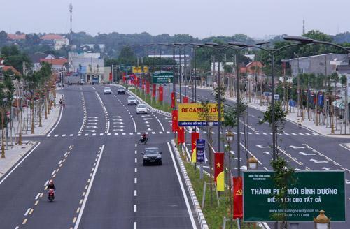 Bình Dương đẩy mạnh phát triển hạ tầng giao thông kết nối khu vực