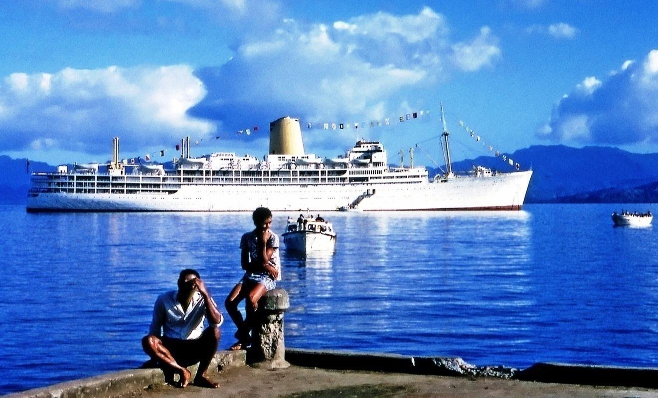 D:\Bill\Pictures\IBERIA\Iberia at Fiji - Kay Stephens.jpg