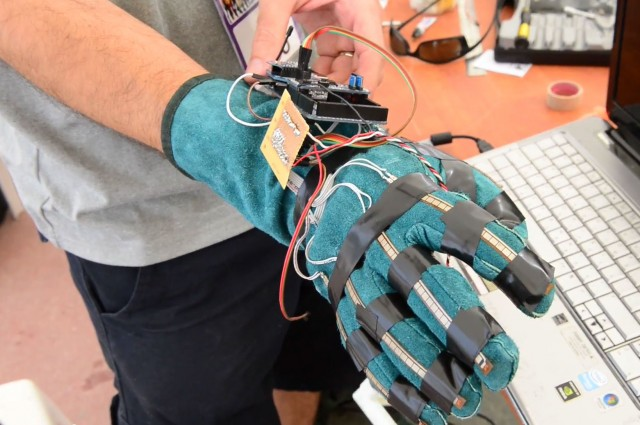 robot avatar arm
