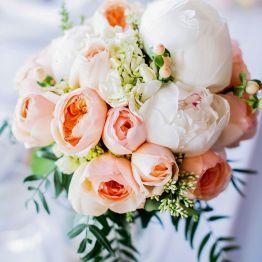 Классический букет на свадьбу