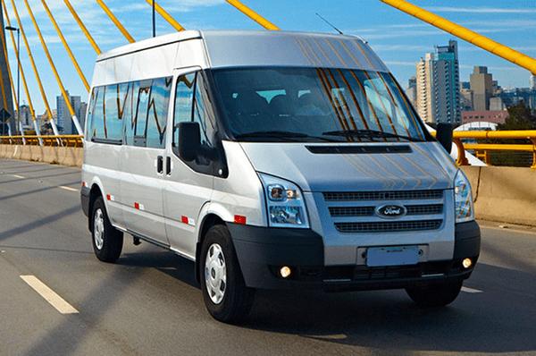 Thuê xe 7 chỗ TPHCM dịch vụ chất lượng, giá thành hợp lí