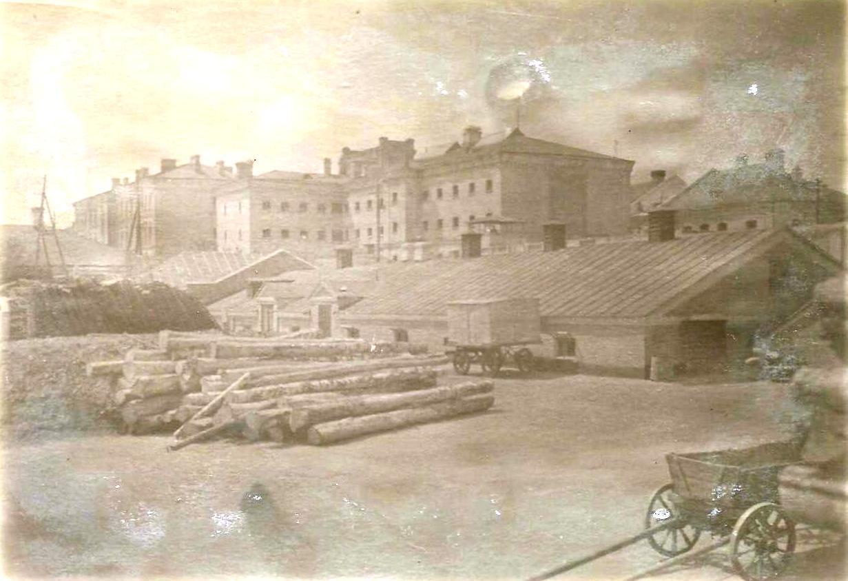 Двір холодногірської каторжної тюрми - місце другої за масштабом харківської трагедії 1919-го
