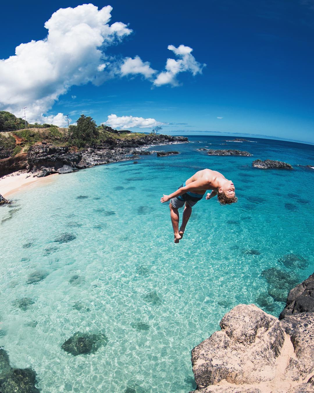 The beautiful and lively Waimea Bay Beach Park - 5 Best North Shore Oahu Beaches