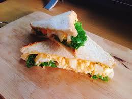 3. แซนด์วิชไข่คน
