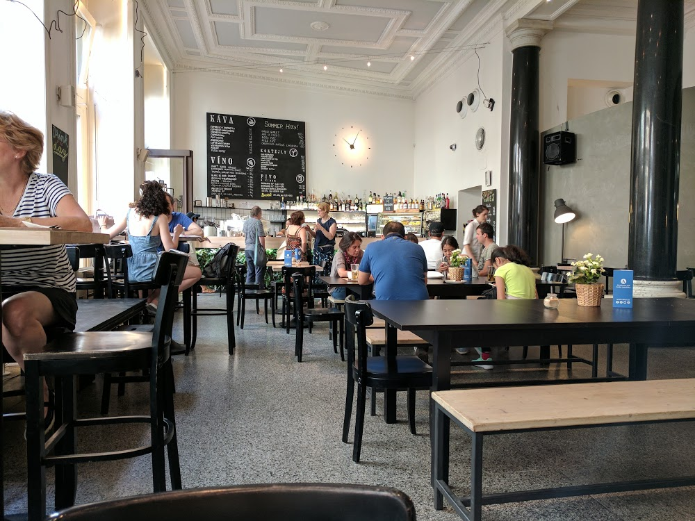 Kafe Damu Prague