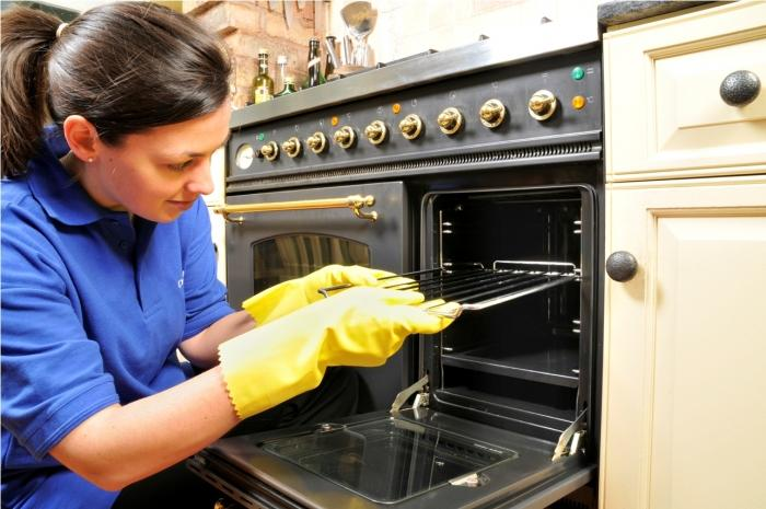 Cleaning and maintenance is too important for modern kitchen gadgets Source: ovenclean.com