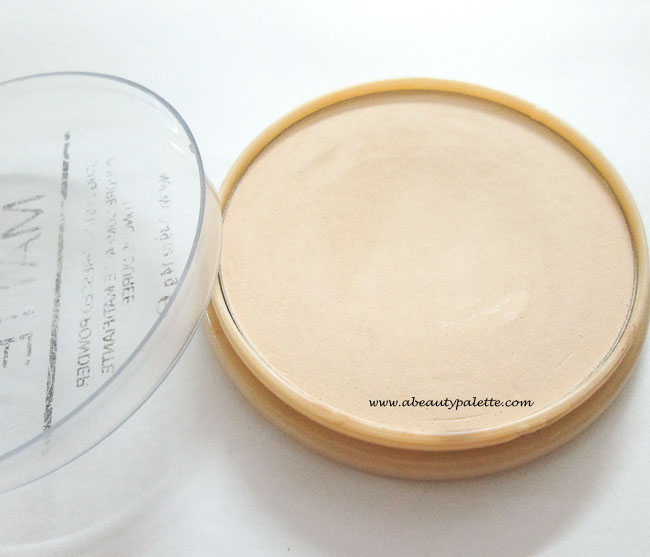 Rimmel Stay Matte Long Lasting Pressed Powder Review in Transparent