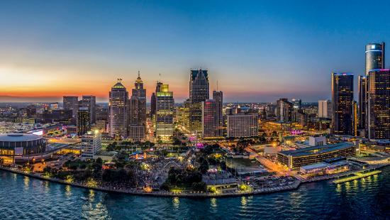 https://media-cdn.tripadvisor.com/media/photo-s/0a/68/14/3e/detroit-aerial-view.jpg