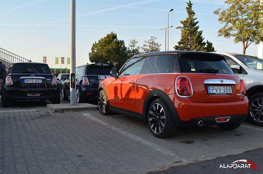 2018 őszi Mini-s túra, budaörsi parkoló hátulról