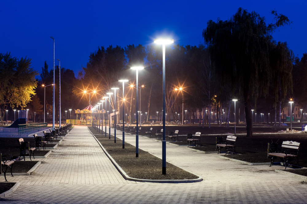 Luzes em espaço urbano garantem mais segurança