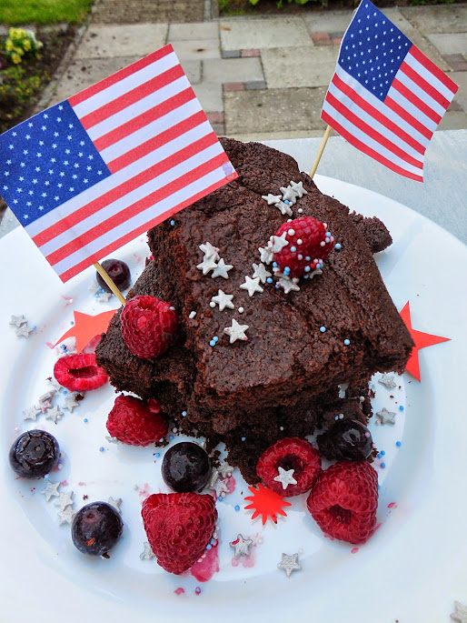 Fourth of July Desserts: Fudgy brownie recipe by Welcome to Mommyhood