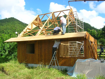 Construction_maison_bambou.jpg
