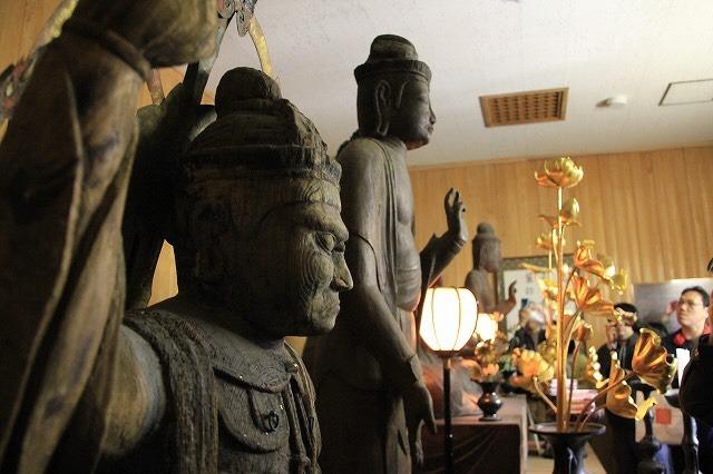 影向寺(神奈川)収蔵庫