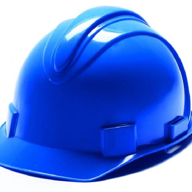 Tầm quan trọng của nón bảo hộ đối với công nhân viên xây dựng