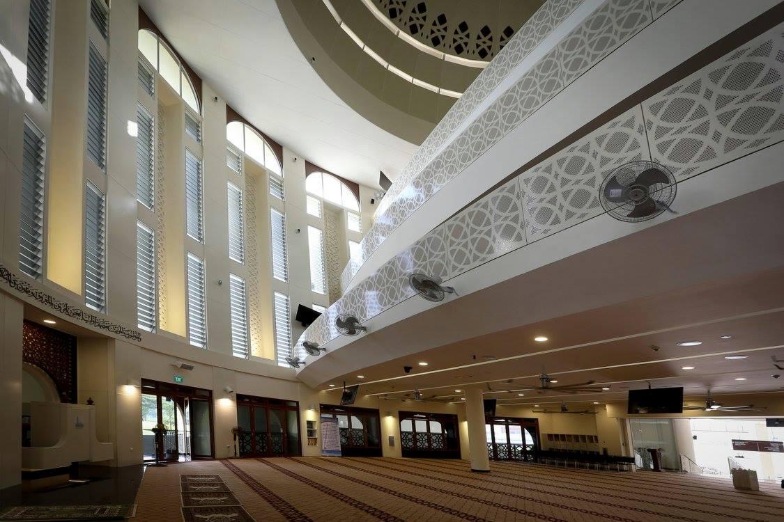 Masjid Maarof provides wheelchair-friendly buses for terawih