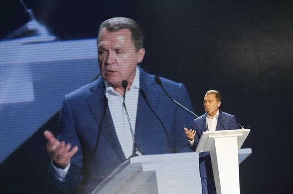 Володимир Семиноженко є одним з претендентів на місце голови Національної академії наук, яку незмінно очолював Борис Патон