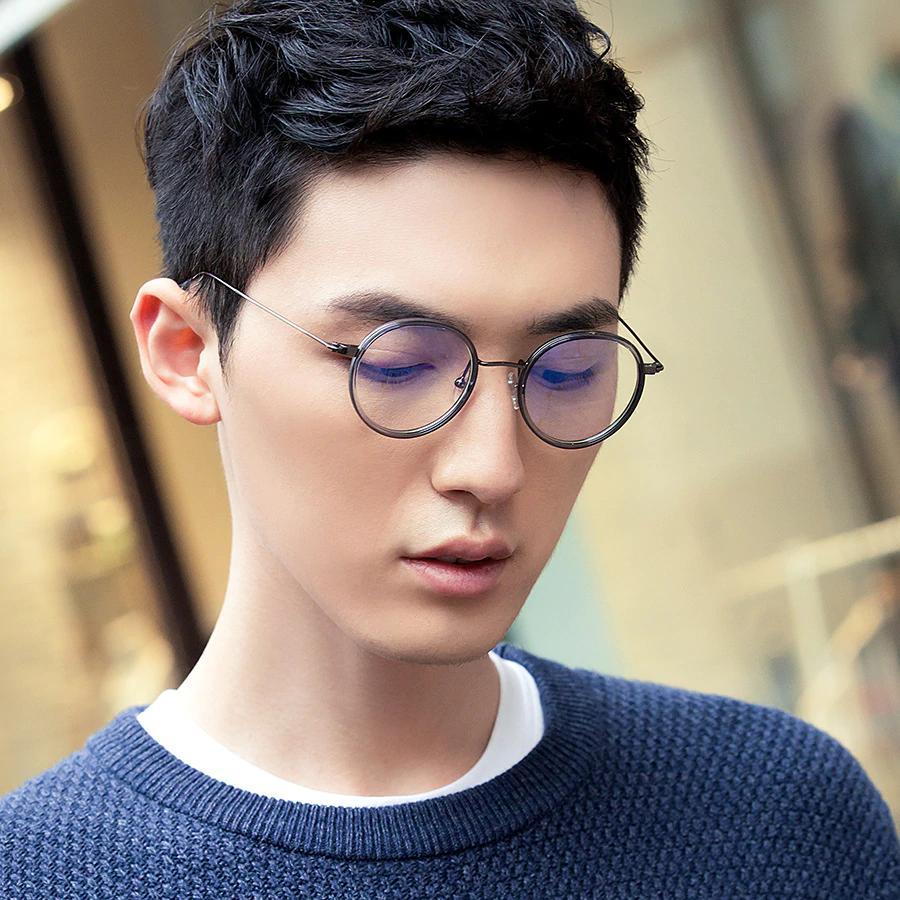 Chiêm ngưỡng những mẫu gọng kính Hàn Quốc hot nhất cho nam