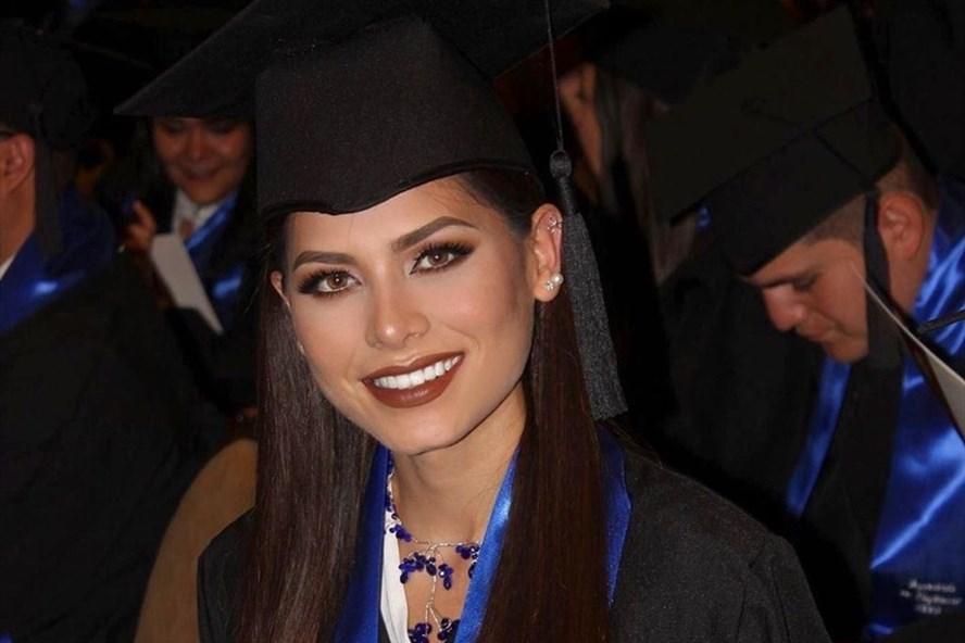 Tân Hoa hậu Hoàn vũ Thế giới Andrea Meza từng tốt nghiệp Đại học ngành Kỹ sư Phần mềm Máy tính. Ảnh: Andrea Meza Instagram