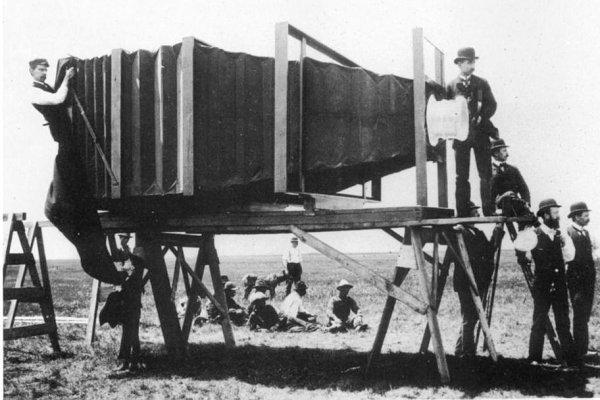 primeira maquina fotografica