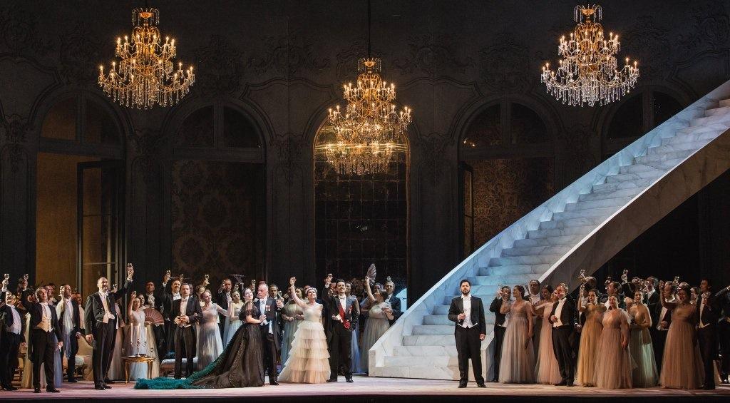 Resultado de imagen de la traviata valentino