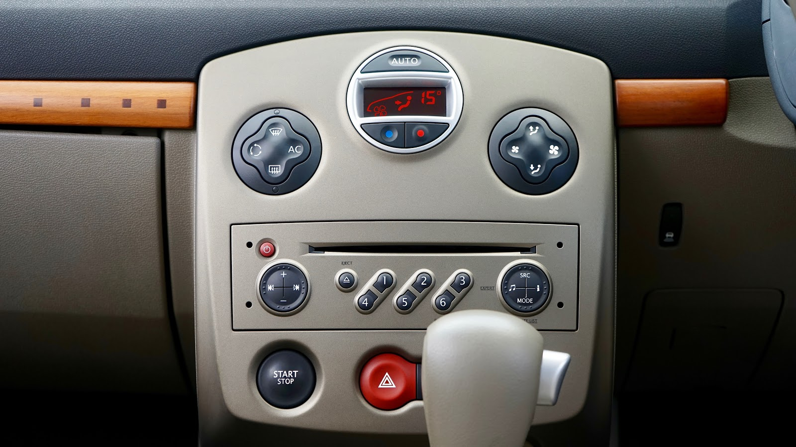 car-2445269.jpg