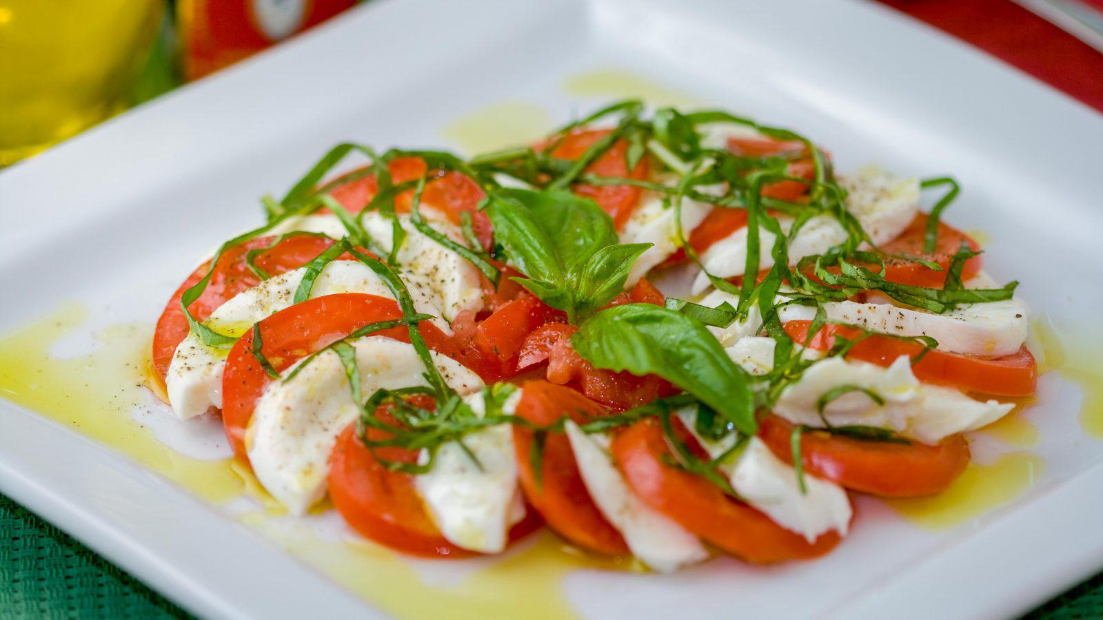 Insalata Caprese (Salad Caprese) - Online Culinary School (OCS)