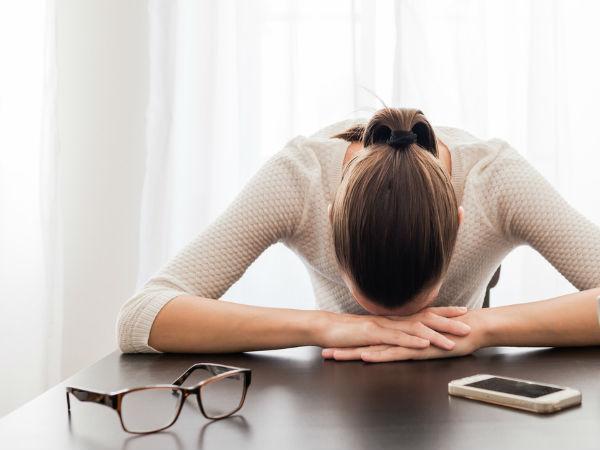 Tưởng làm những việc này có thể thoát khỏi mệt mỏi, nhưng nó sẽ càng khiến bạn uể oải hơn mà thôi - Ảnh 1.