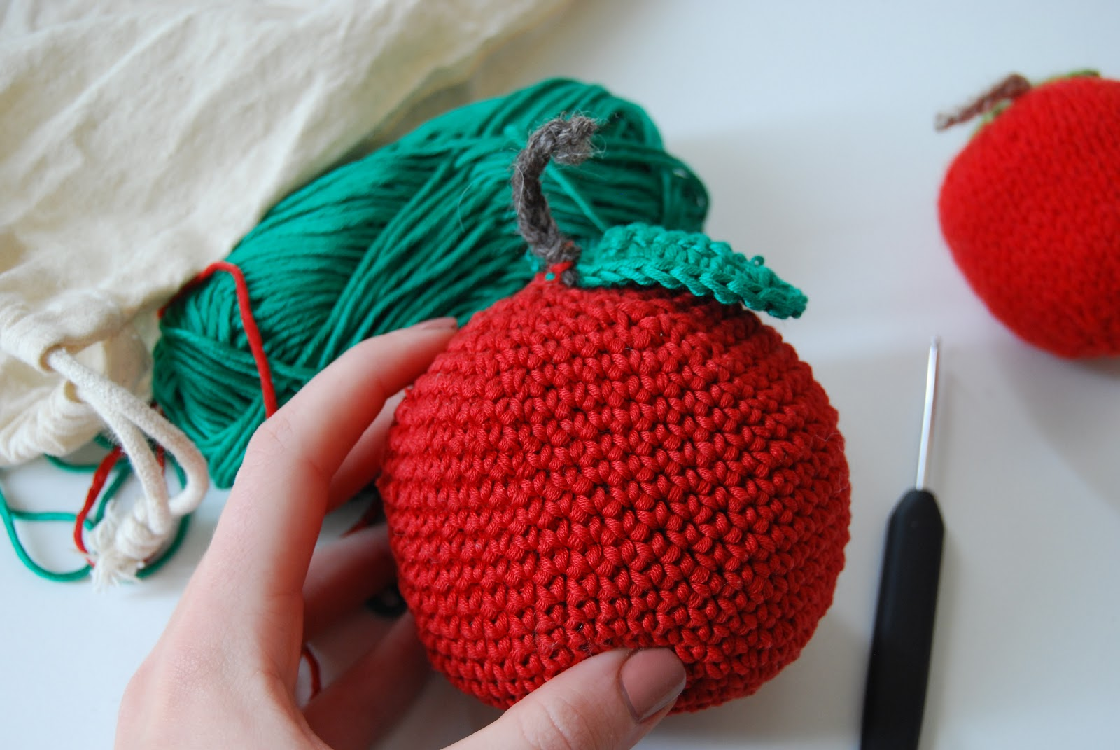 The New Craft House Crochet Apple Pattern For #LiveColourful