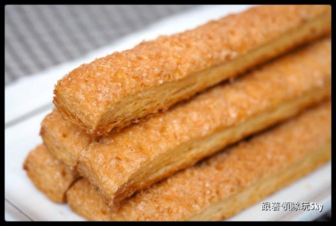 網購美食推薦-新北市伴手禮千層酥【萌焙司】一袋女王推薦
